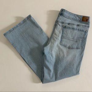 American Eagle Favorite Boyfriend Jeans 16 Short